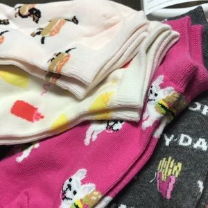 Old Navy Accessories - Girls Fashion socks-Size Small- 6 pack